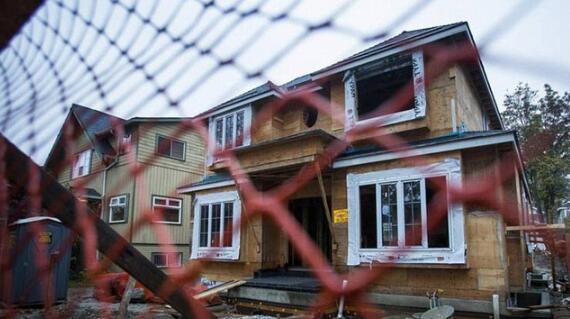 """加拿大住房危机 繁华的温哥华将成为一座无人的""""鬼城"""""""